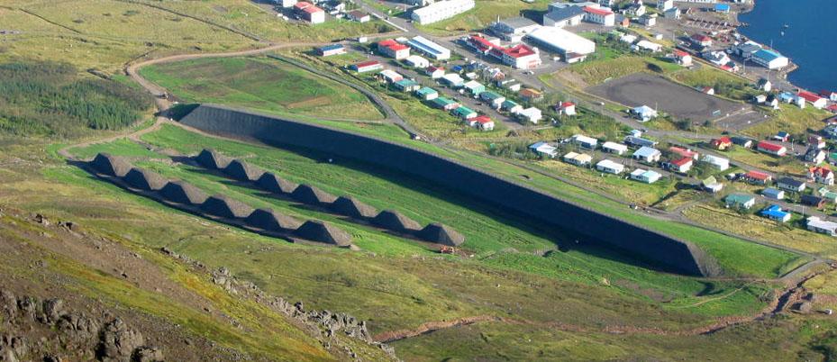 Sjóflóðavarnargarður, Drangagil Neskaupstað