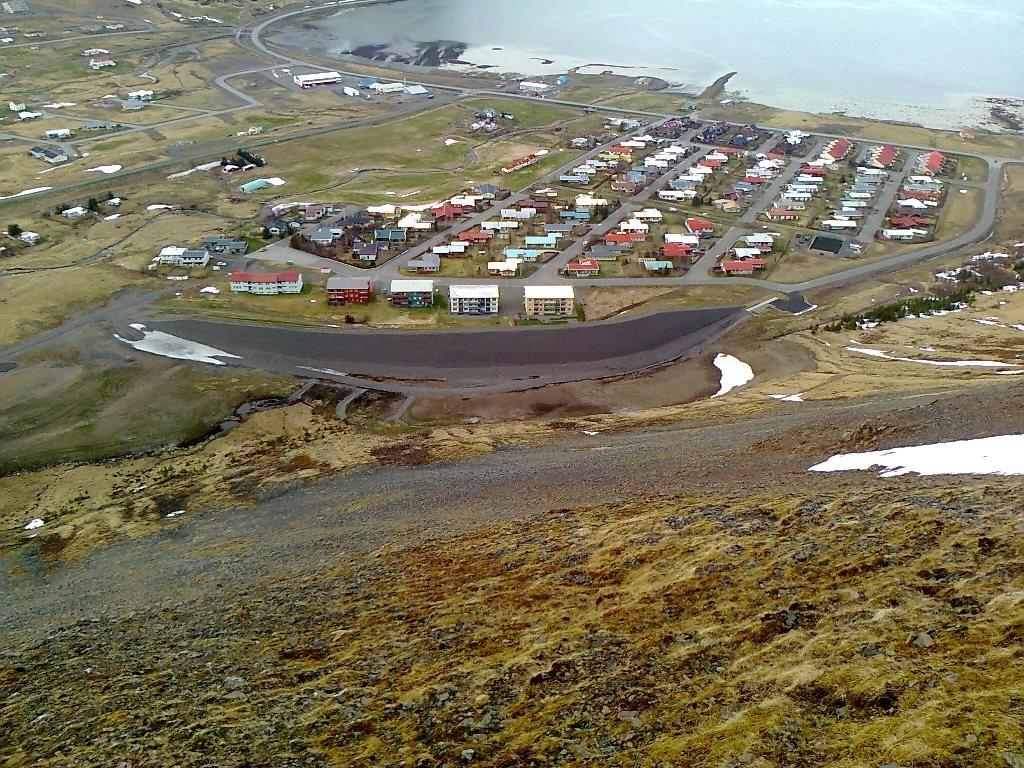 Varnrgarðurinn og Holtahverfi